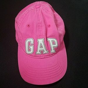 GAP HAT SIZE SMALL